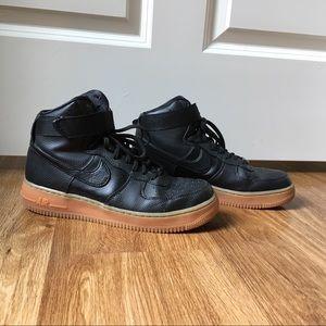 Nike Women's Air Force 1 black leather Hi SE